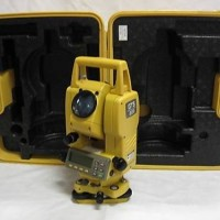 Topcon_Gts-211d_Total_Station_Surveying_Kit_in_Case_No_Reser